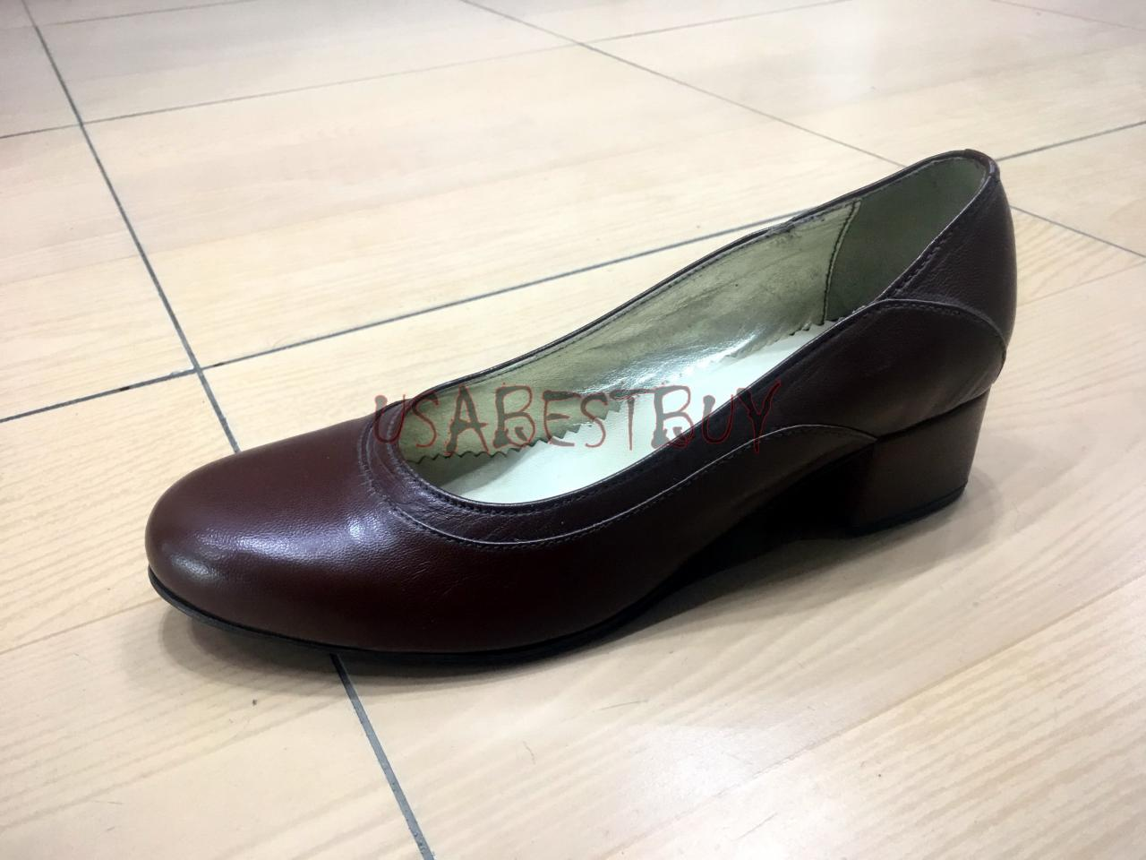 New Handmade Women Simple Pumps with Wooden Heel and Leather sole.